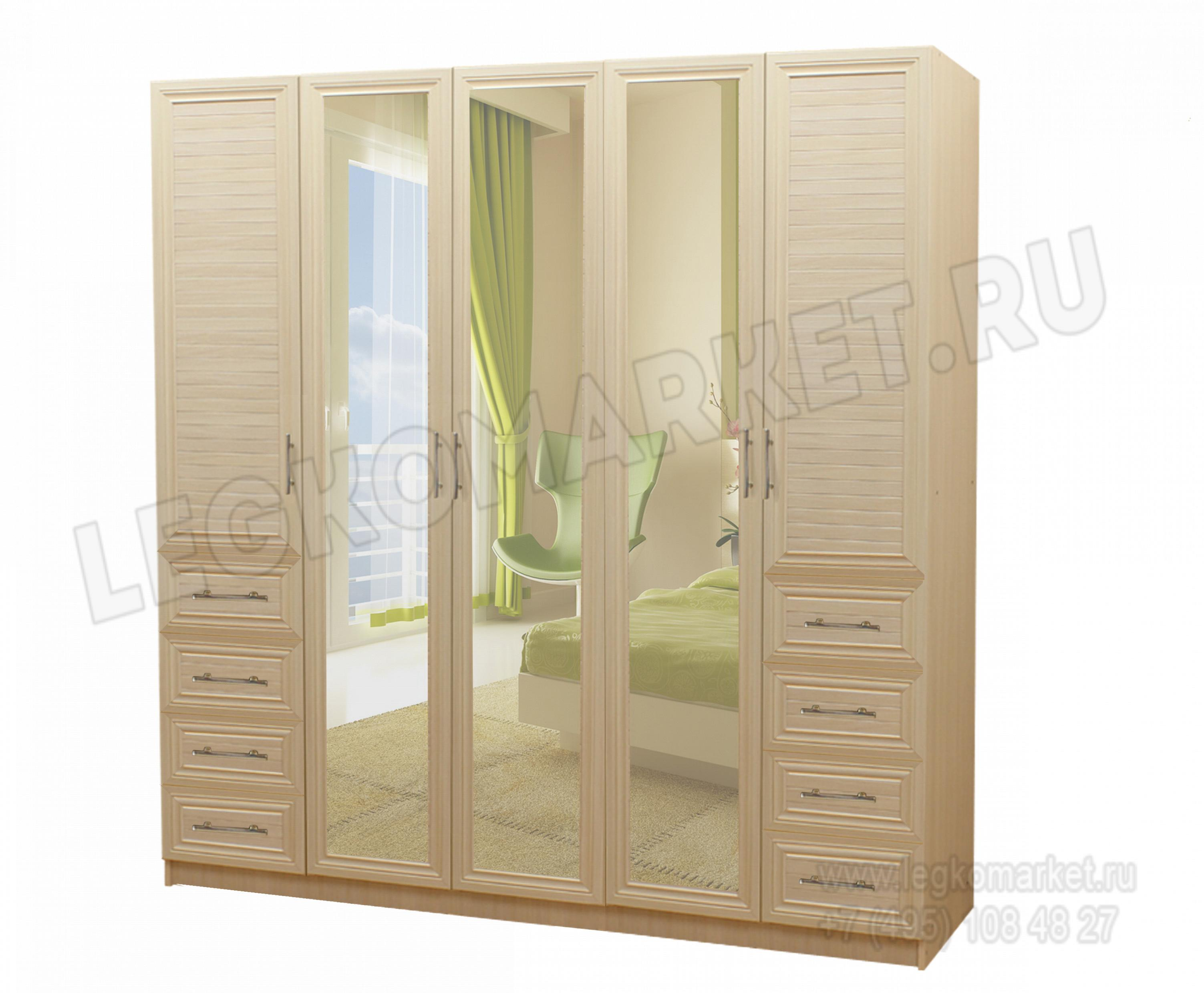 Шкаф с распашными дверями с полками